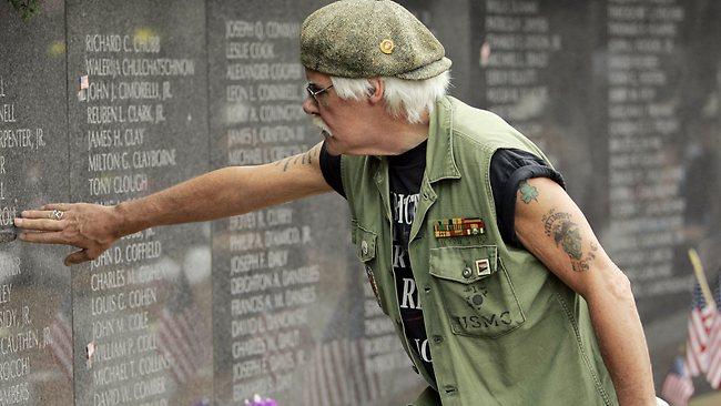 Ветеран войны во Вьетнаме, страдающий тяжелой формой ПТСР, в первый раз за 39 лет смог проспать целую ночь